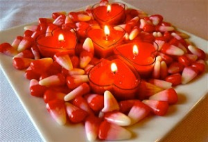 Candies-and-Candles-Valentine-Table-Decorations
